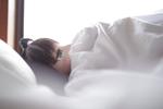 「添い寝のススメ」の記事が首位8月のアクセスランキング